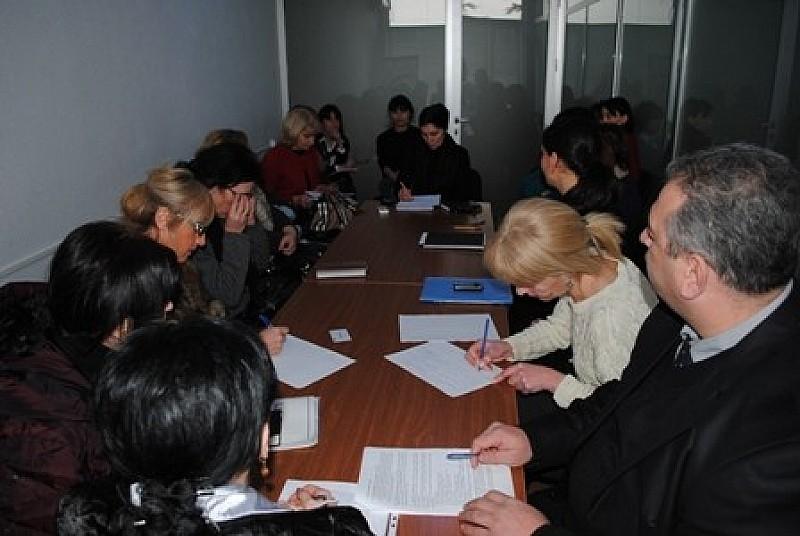 შეხვედრა პროფესიული საგანმანათლებლო პროგრამების განმახორციელებელი დაწესებულებების წარმომადგენლებთან